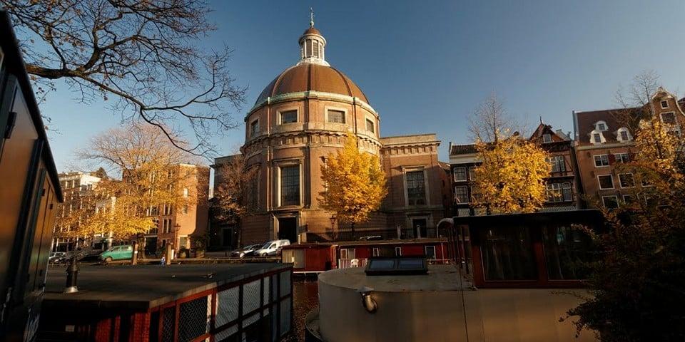 Круглая лютеранская церковь
