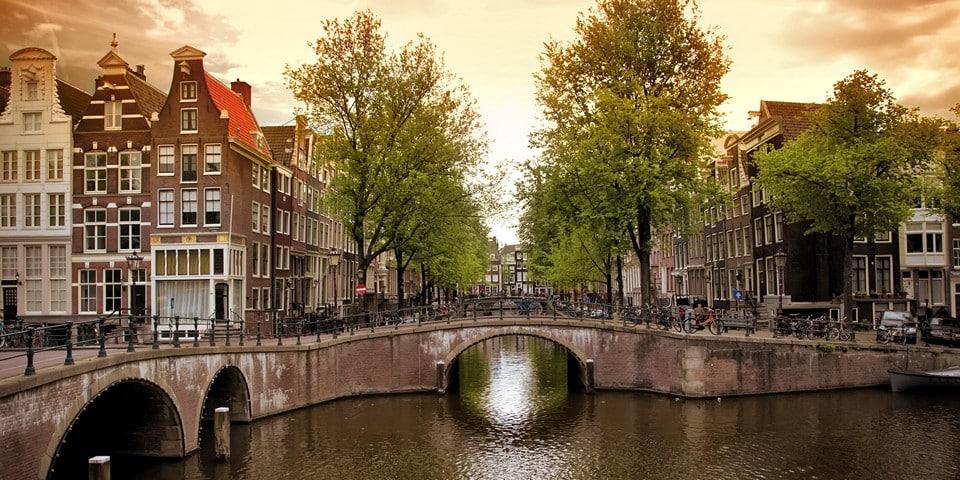 Амстердам описание