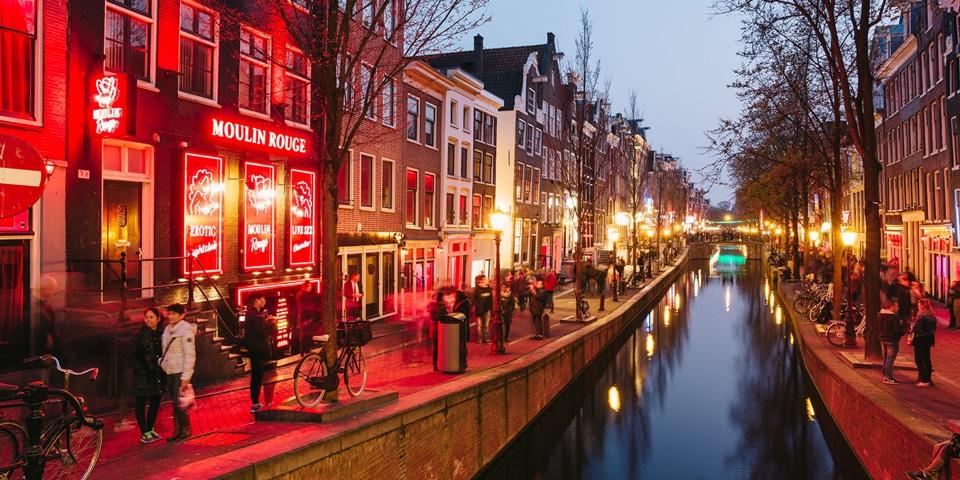 Улицы красных фонарей в Амстердаме