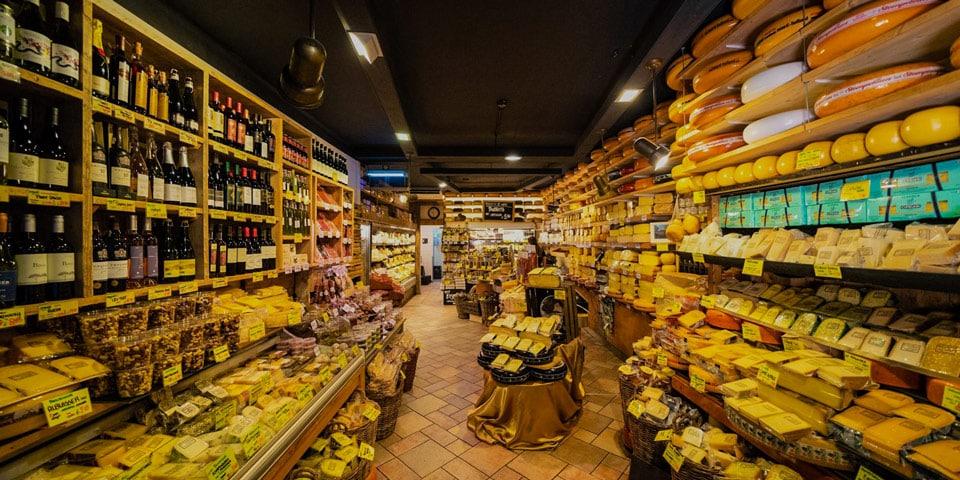 Магазин голландских сырок в Амстердаме